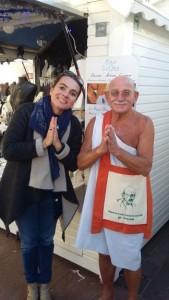 MARCHE DE NOËL Toulouse Capitole décembre 2016 Florence avec Jeanot Marciniak (alias Gandhi Toulousain)